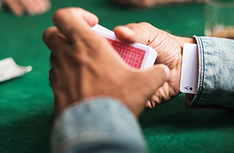 Do some blackjack dealers in regulated casinos still cheat